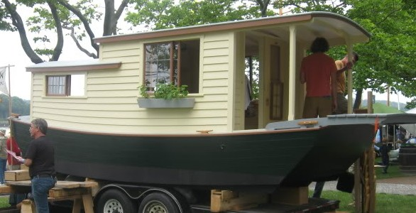 WoodenBoat Magazine: Shantyboats. Includes links with details on each design.