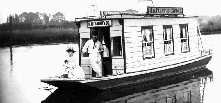 1886 Houseboat