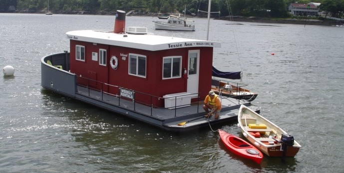40 Foot Barge Home