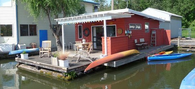 Vintage Houseboats For Sale Images & Pictures - Becuo