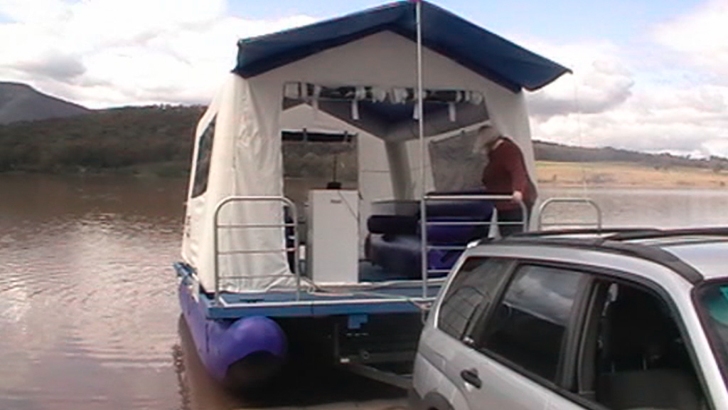 "Inflatable ""Shantyboat"""