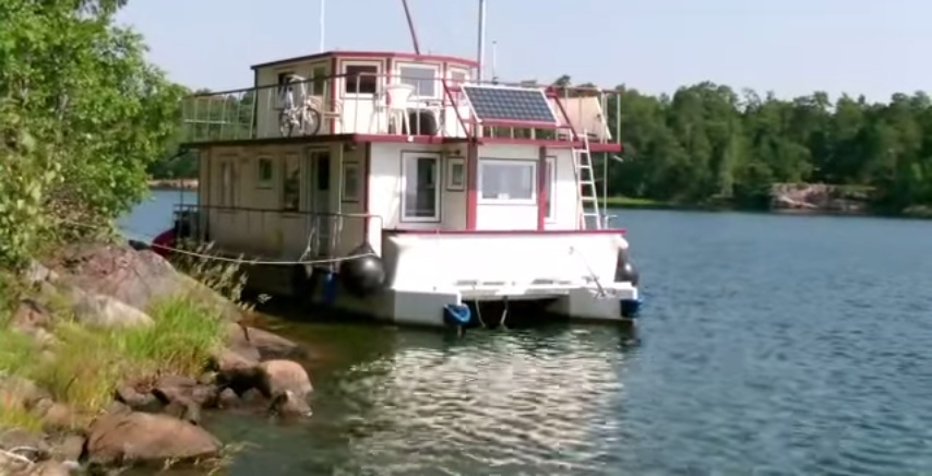 Mit Hausboot Brixholm über die Ostsee nach Schweden I + II - YouTube.clipular (1)