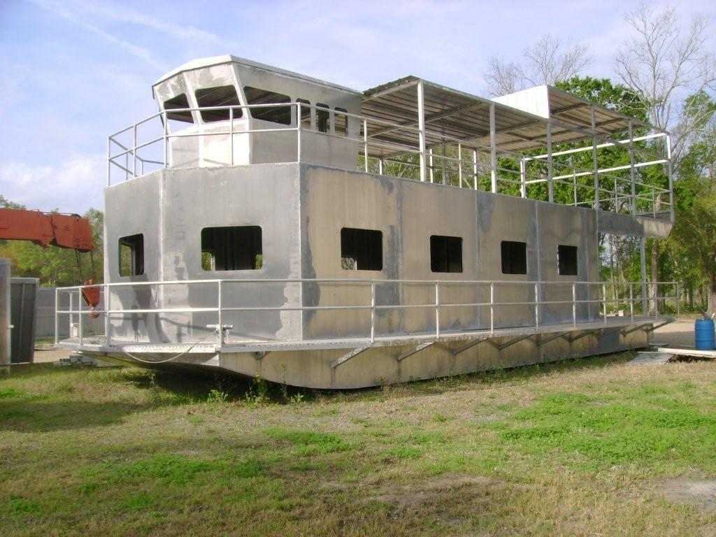 Boat Living : Aluminum Houseboats… including some monsters ...